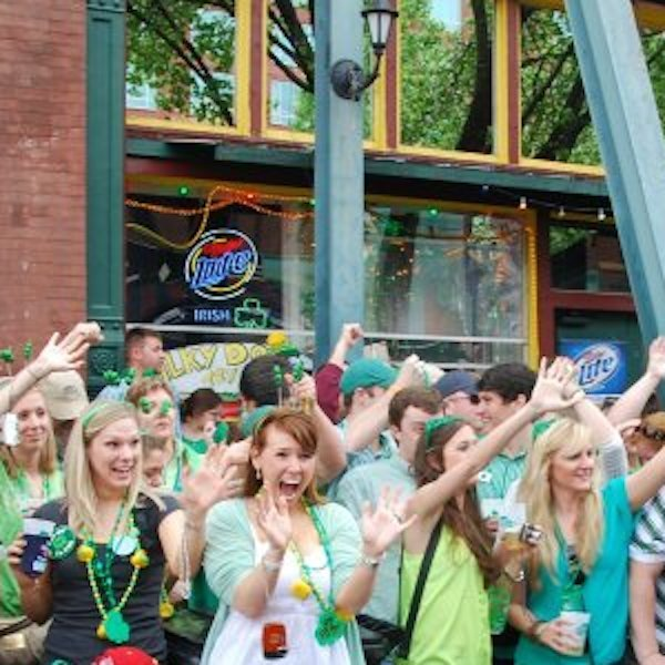 St._Patrick's_Parade_Beale