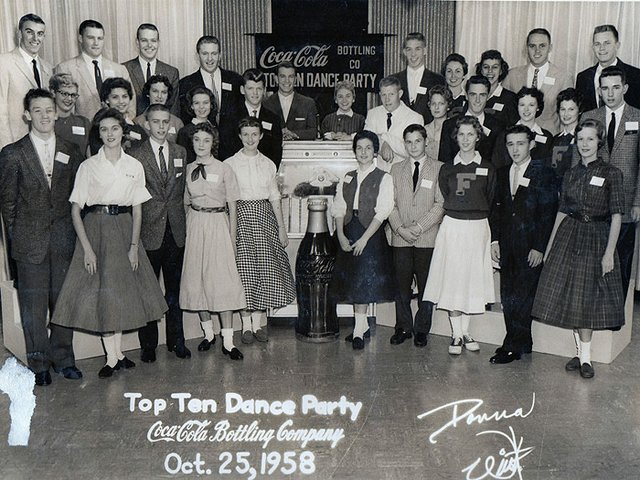 DanceParty-1958.jpg