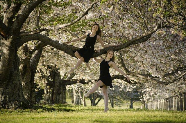 Jade Primicias and Sarah Borum of Tennessee Ballet Theater