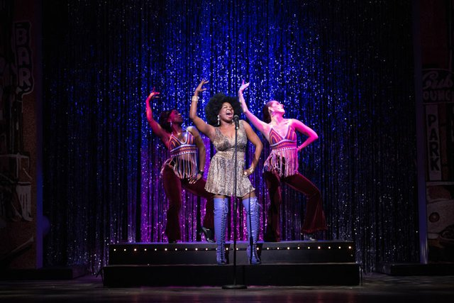 Playhouse on the Square_SisterAct_Chris Neely.jpg