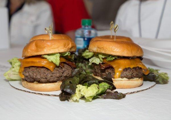 Burger duo.jpg
