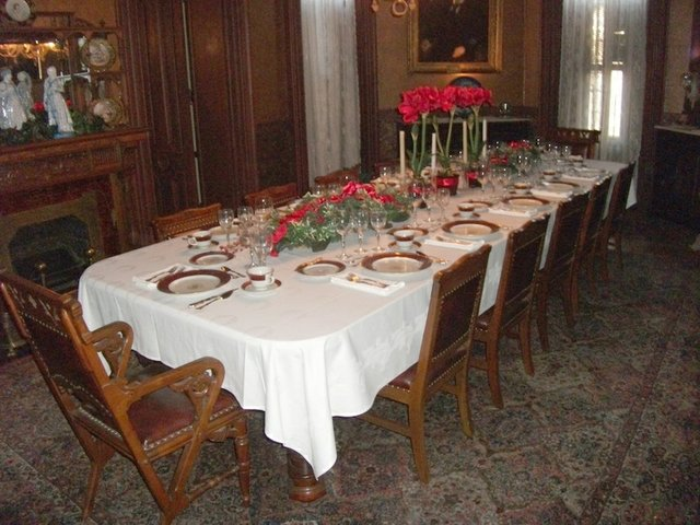 Victorian Christmas at Mallory-Neely House