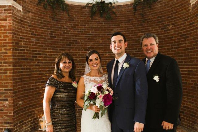 Haley and Johnny - Wedding - Elizabeth Hoard Photography (567 of 925) copy.jpg