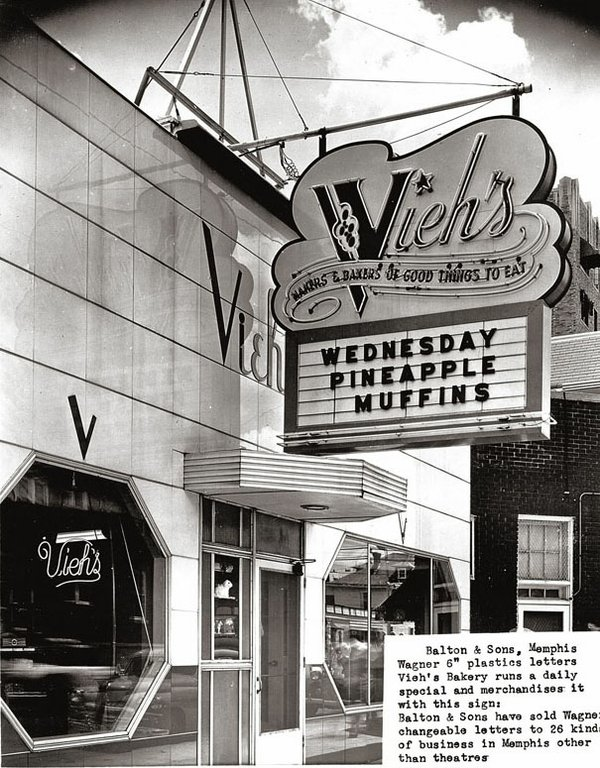 ViehsBakery-Sign.jpg