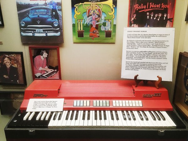 Spooner Oldham's Farfisa at AL Music Hall of Fame by Alex Greene.jpg