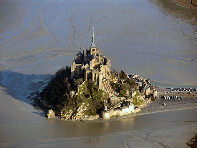 LauderdaleMansion-Flood.jpg
