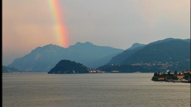 Lake_Como_by_Sam_Sherwood.png