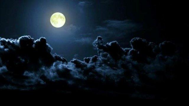 Full Moon Bonfire, Rossville