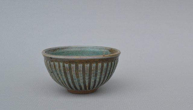 mary lou egger carved little Bl Gr Bowl 014.JPG