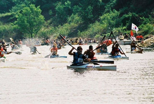 Outdoors Inc Canoe and Kayak Race, Harbor Town