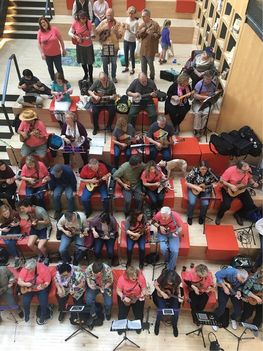 MEMPHIS_UKULELE_FLASH_MOB_MM__Focht_005.jpg
