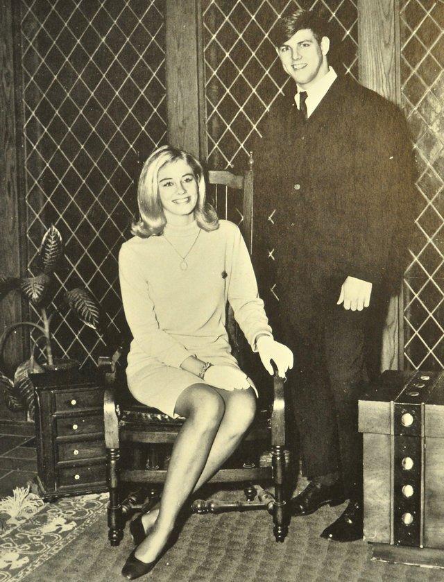 CybilllShephard-MostAttractive2-1968