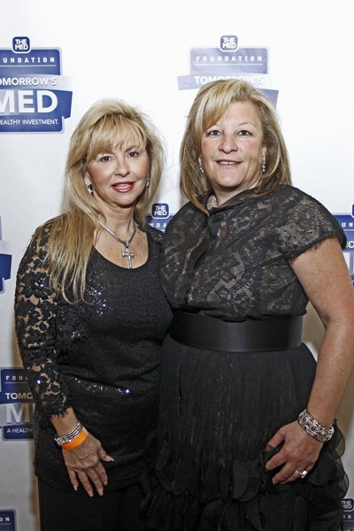 Leigh Shockey and Susan Arney