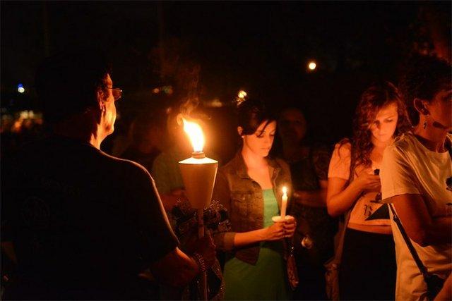 Elvis Presley's Graceland Candlelight Vigil, Graceland