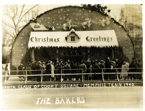 Santa'sHouseCourtSquare1940.jpg