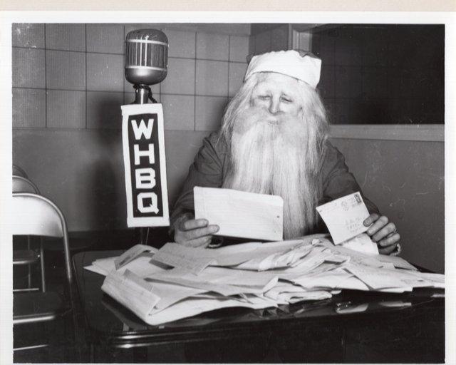 WHBQ-Santa-1943001.jpg