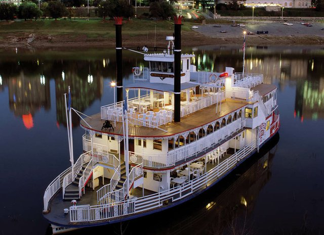 Riverboat_businesscardback_stillTiny.jpg