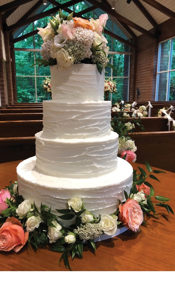Chapel_Wedding_Cake.jpg