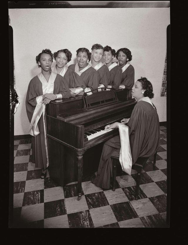 W_62-choir.jpg