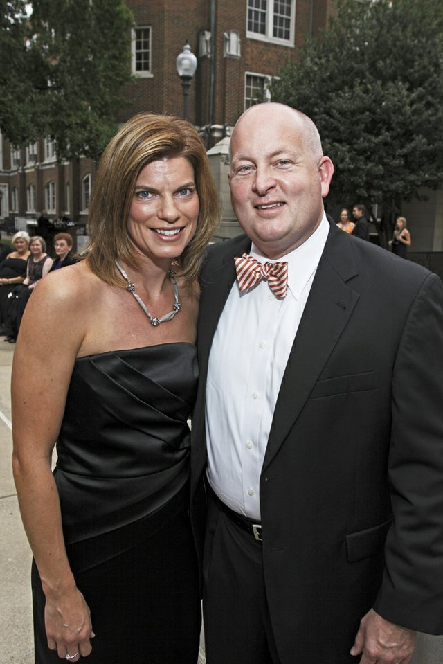Hollianne & Keith Carver (Executive Assistant to the UT President)