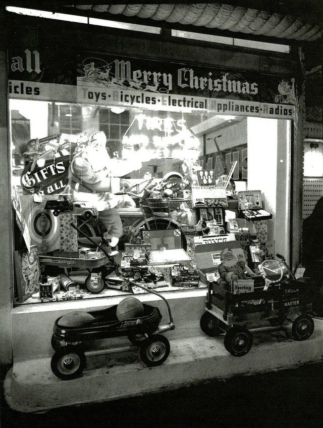 Firestone-1940-6.jpg