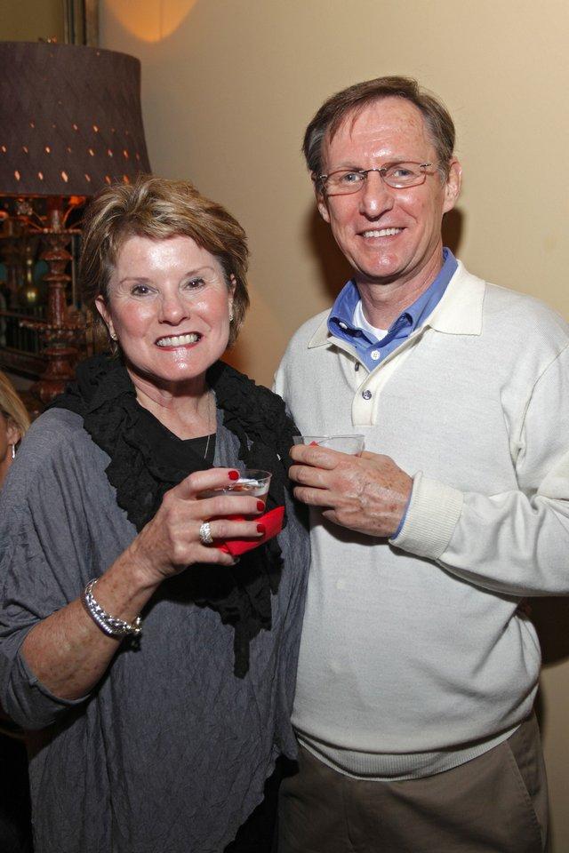 Diane Laurence, Ray Baun