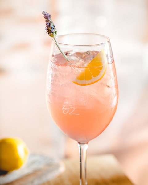 Rose All Day, All Summer, Seasons 52