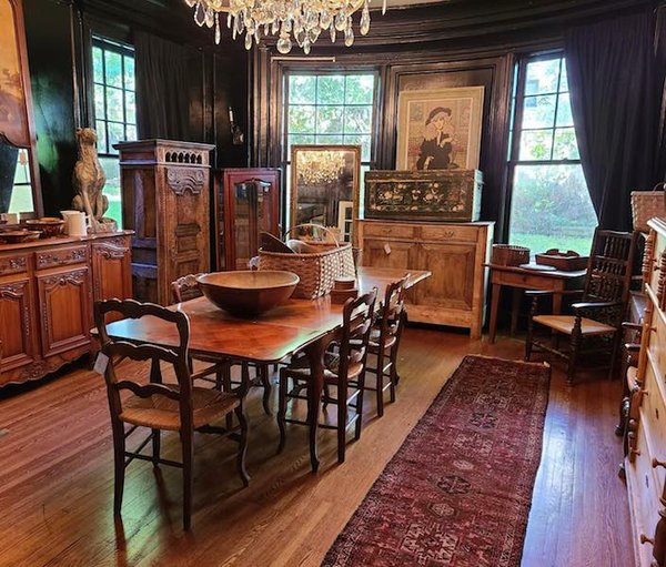 Memphis Heritage Estate Sale, 2282 Madison