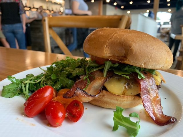 Memphis Flyer Burger Week