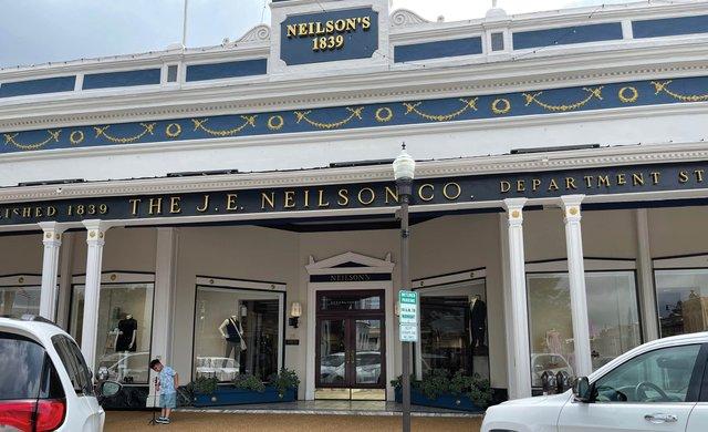 Neilson_s_Oxford_MS.jpg