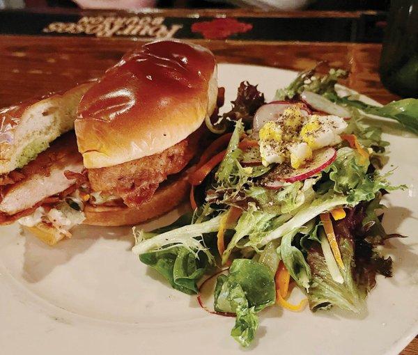 Tandoor_Chicken_Sandwich_Snackbar+cc.jpg