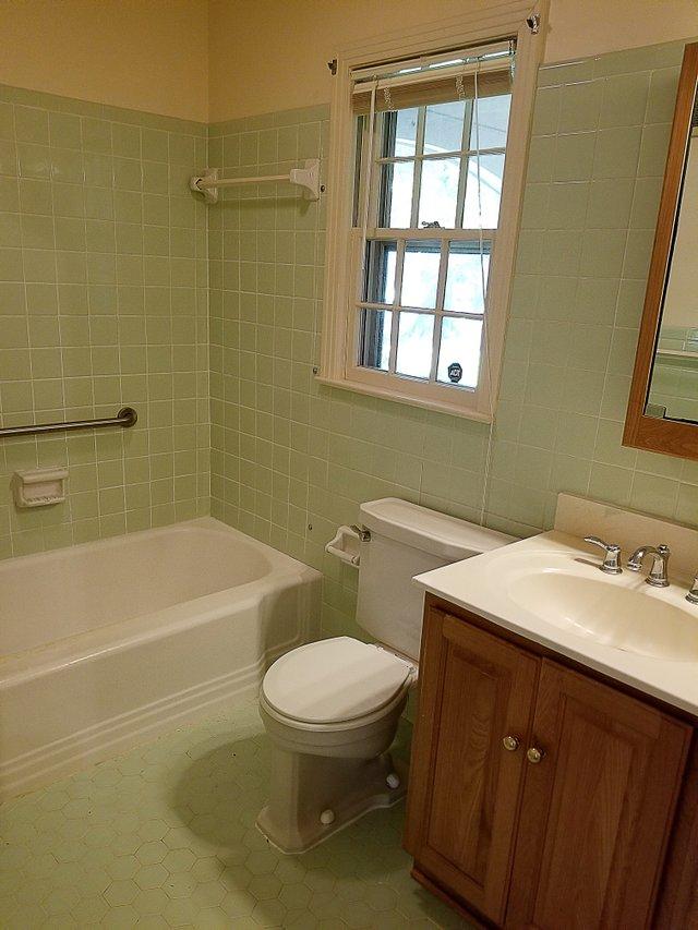 BathroomOriginal.jpg