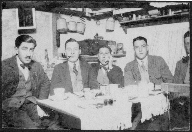 Hugo Dixon (fourth from left) during World War I