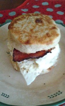 muffin sandwichsm.jpg