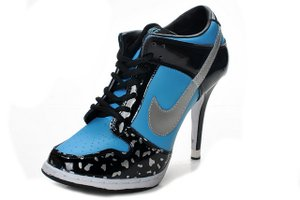 Nike-Dunk-Low-Heels-Black-Blue-Silver_2.jpg