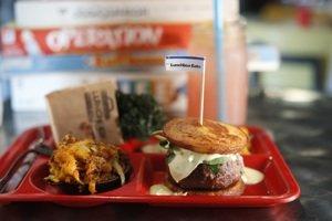 Lunchbox burgermain sm.jpg