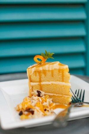 Sharky's cakesm.jpg