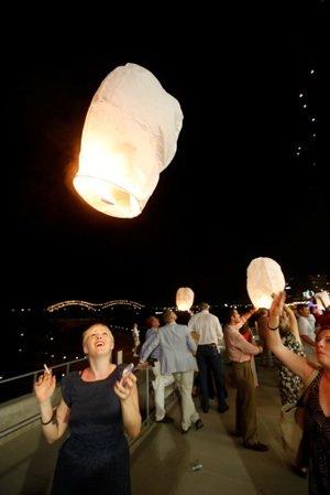 Cochon lanterns sm.jpg