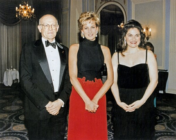 In 1995, Esperian made her debut at London's Royal Albert Hall, and later, at Princess Diana's request, she gave a command performance in Wales. At left is her manager Hans Boon of the Herbert H. Breslin Agency.