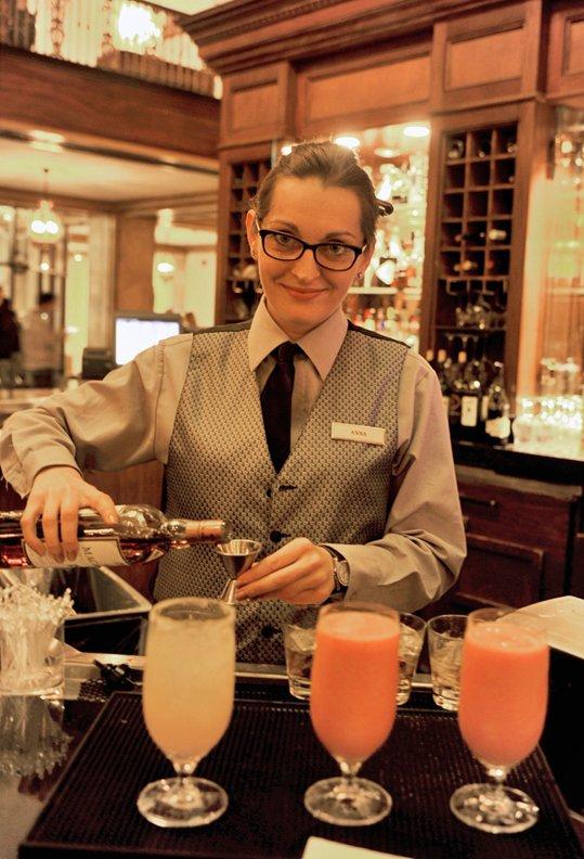 #28 - Challenge the Peabody bartender