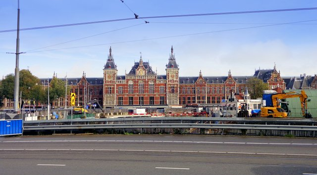 An exterior shot of Amsterdam's magnificent central railway station