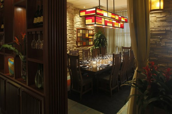 Seasons chef roomsm.jpg