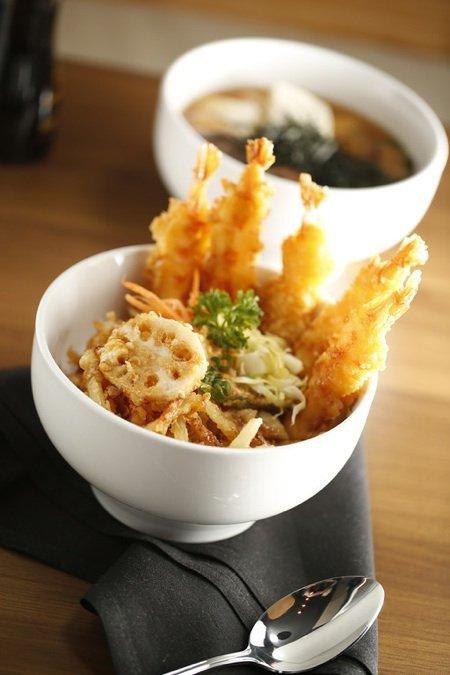 Skewer tempura ramensm.jpg