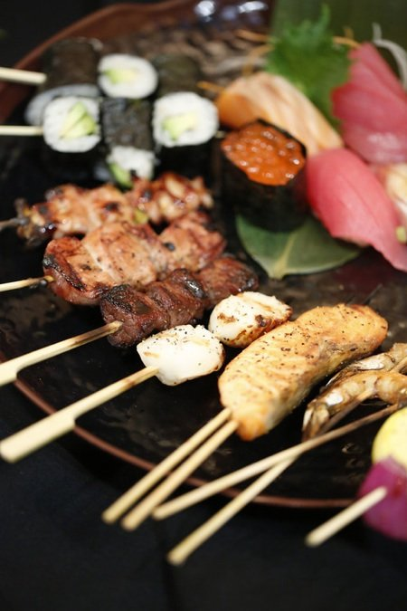 Skewer tray with sushism.jpg