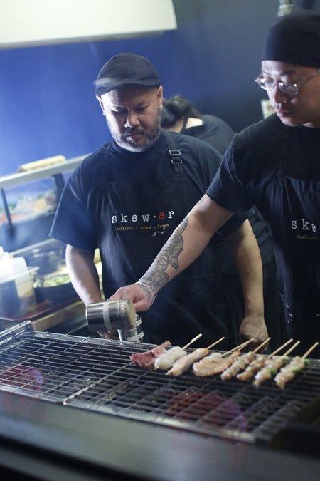 Skewer gai with cooksm.jpg