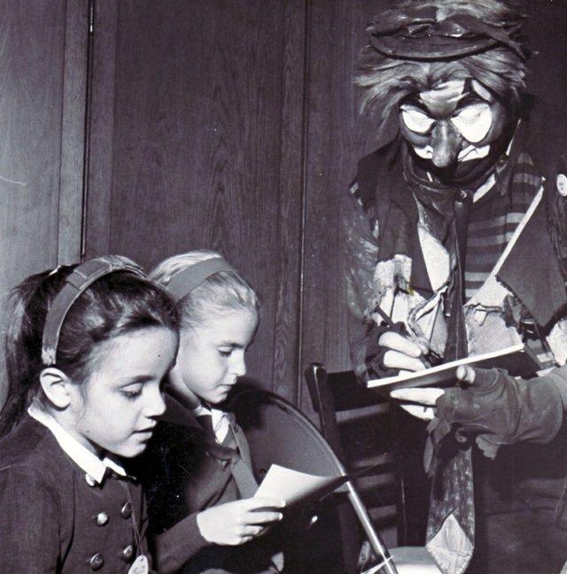 TinyTheClown-1962_1.jpg