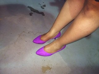 Vintage Fuschia Pumps worn by Kim Thomas @kpfusion.
