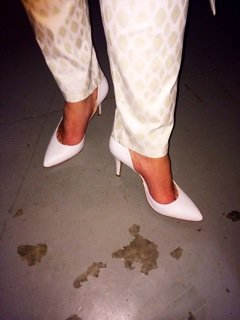 White vintage pumps.