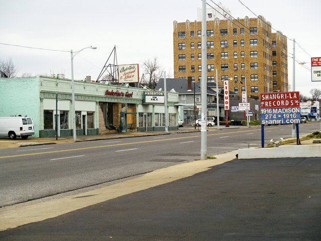 Memphis Legacy Project image: Anderton's East on Madison, 2005