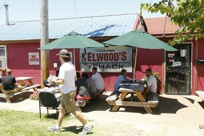 Elwood's outside sm.jpg